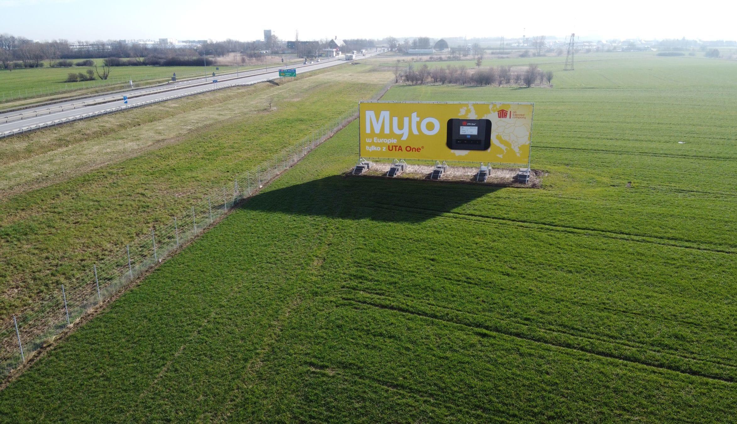 reklama przy autostradzie A4